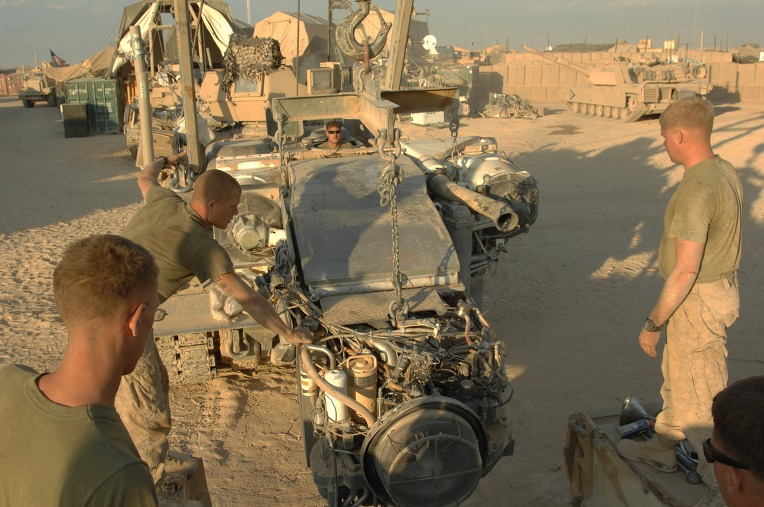 USMC_M88A2_from_the_2nd_Tank_BN_prepares_to_reinstall_the_AGT1500_into_a_M1A1_at_Combat_Outpost_Shir_Gazay_in_Helmand_Province%2C_Afghanistan_3.jpg