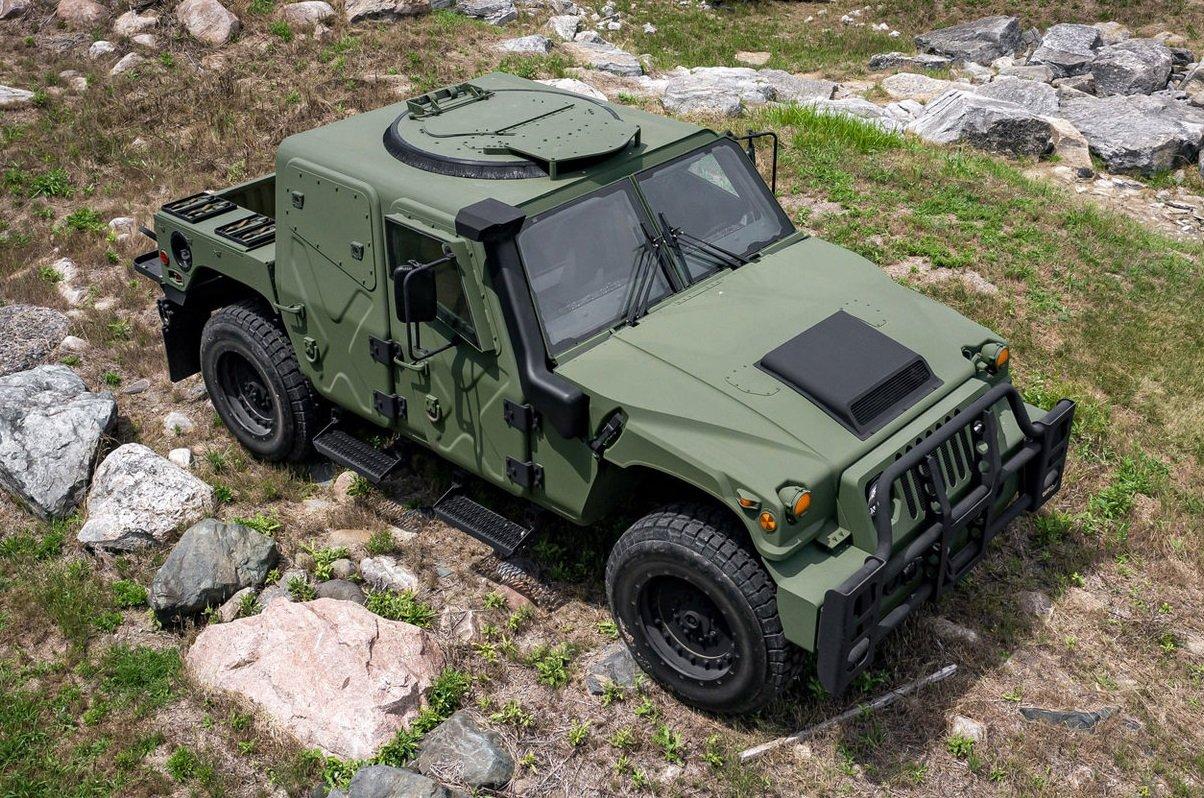 AM_General_Humvee_NXT_360_60.1440_0_1.jpg