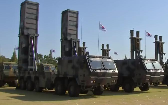 현무-2C 발사차량 2.png