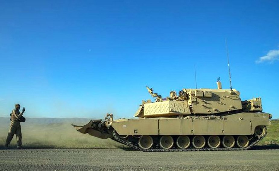 Remotely_controlled_M1A2_Abrams_Main_Battle_Tank_tested.jpg