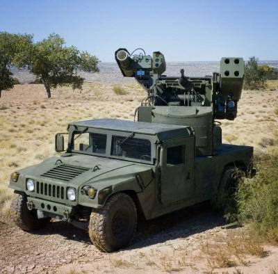 크기변환_03-03-01-기관포, 미사일과 함께 레이저를 장착한 보잉의 레이저 어벤저.jpg