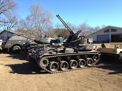 크기변환_01-03-2차 세계대전시 미국의 M19 GMC 자주 대공포.jpg
