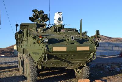 크기변환_04-01-스트라이커 장갑차에 탑재된 2kW급 레이저무기 기술실증기.JPG