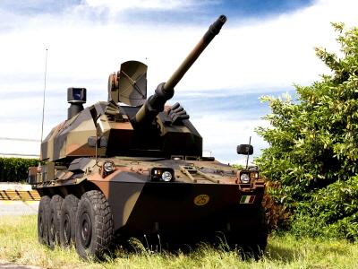 크기변환_03-09-02-이탈리아 오토멜라라가 자체 개발한 드라코 76mm 자주대공포.jpg