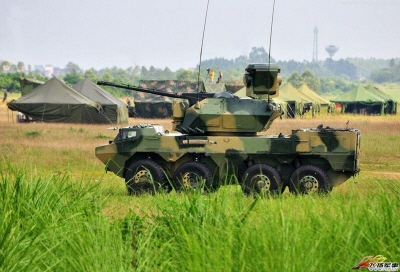 크기변환_03-05-02-ZBL-09 차륜장갑차 35mm 자주대공포.jpg
